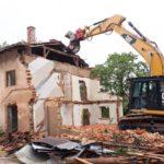 意外と高い?空き家の解体費用はどれくらいかかるのですか?